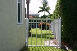 style 2 gate